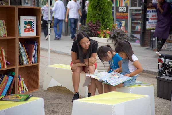 Uni reading room at Diversity Plaza, Queens, July 18, 2015